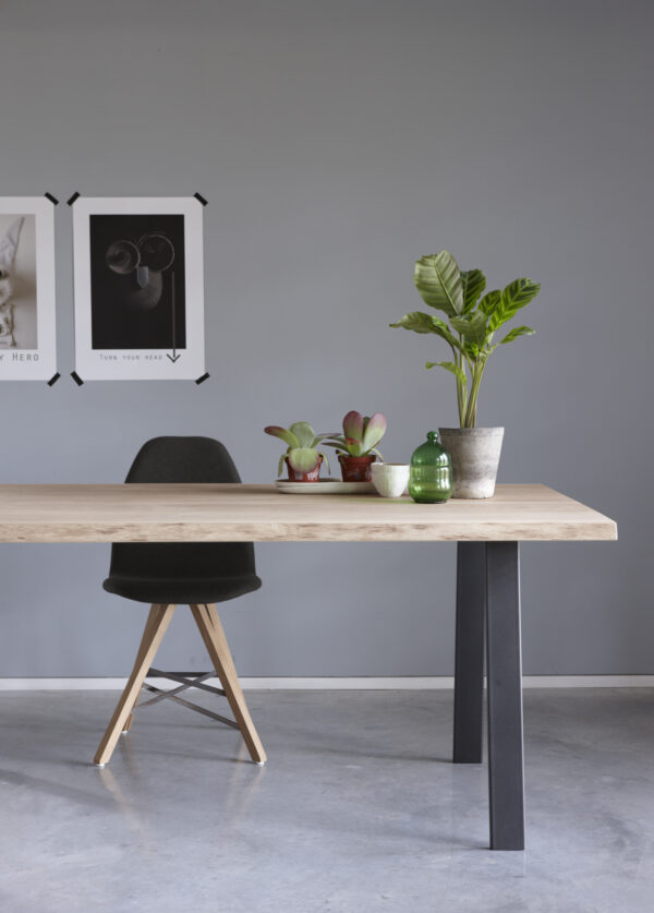 Table Brend 2