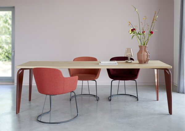 Arcum tafel chairs and table